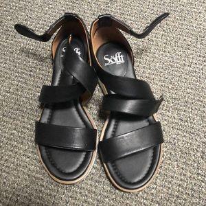 Sofft sandals in black
